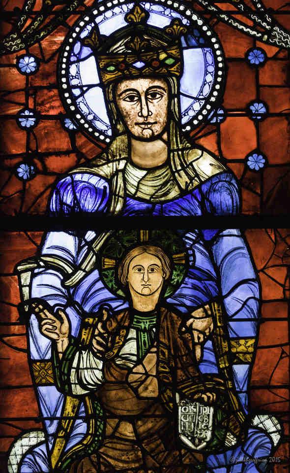 Vitral de la Catedral de Chartres, Imagen de Nuestra Señora