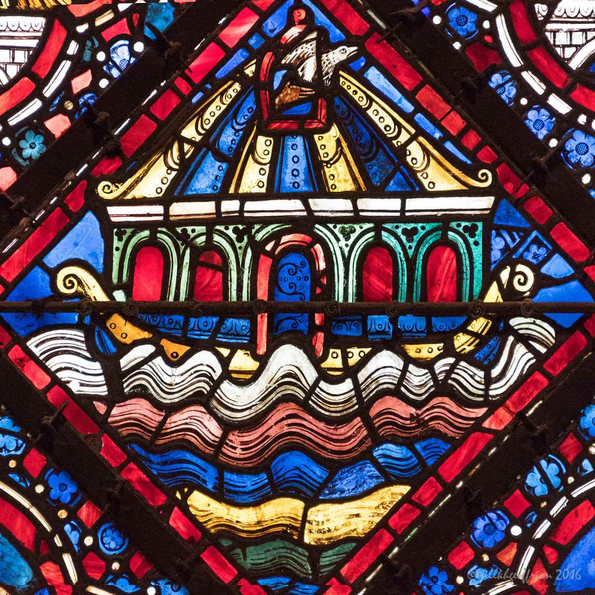 What Is Going On? The Noah Window at Chartres (11)